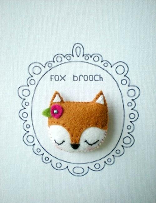 Cute-Fox-Brooch-Plush