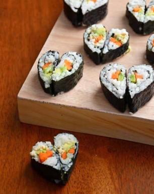 Heart-Sushi-Plate