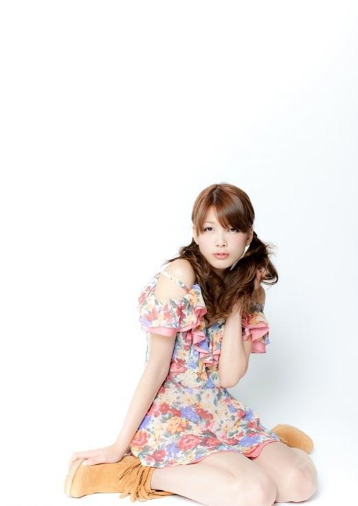 Kawaii-Cutie-with-Twintails