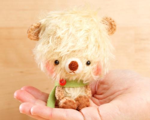 Teddy_bear_plush_doll