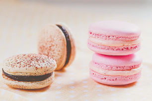 Cutie Macarons