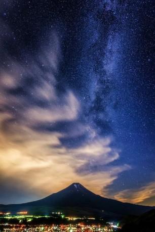 Stars Above Fuji