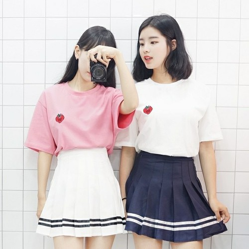 ;D Cuties in Skirt