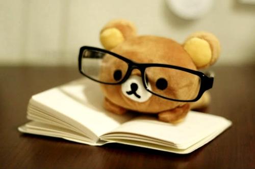 Rilakkuma Reading