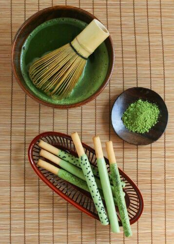 Matcha Tea with Matcha Pocky