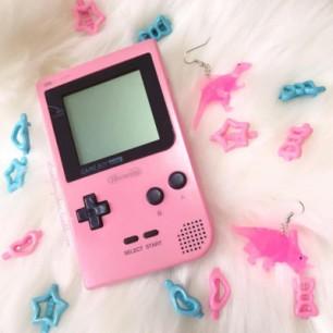 Pink Gameboy
