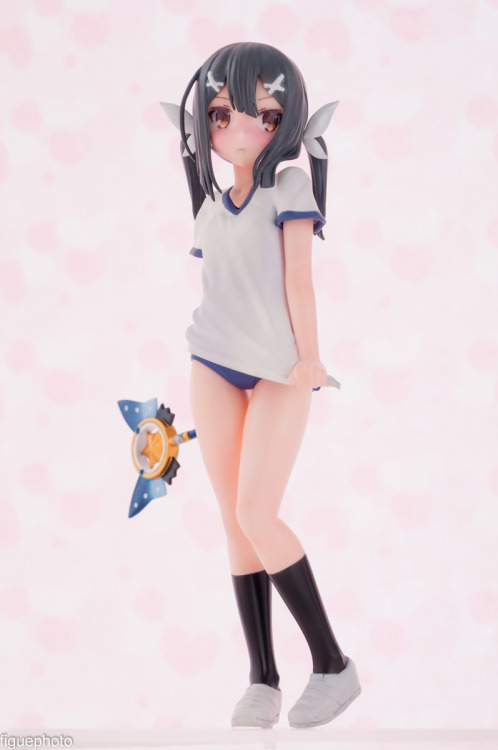 Bloomers Figurine